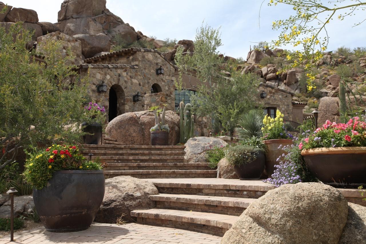 Enchanted Garden Landscape Inc  - Top Design Sources